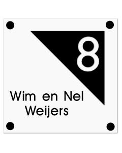 mat zwart-wit modern perspex naambord met driehoek 20x20cm